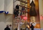 Instalacja figury św. Piotra