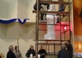 Instalacja figur św. Apostołów